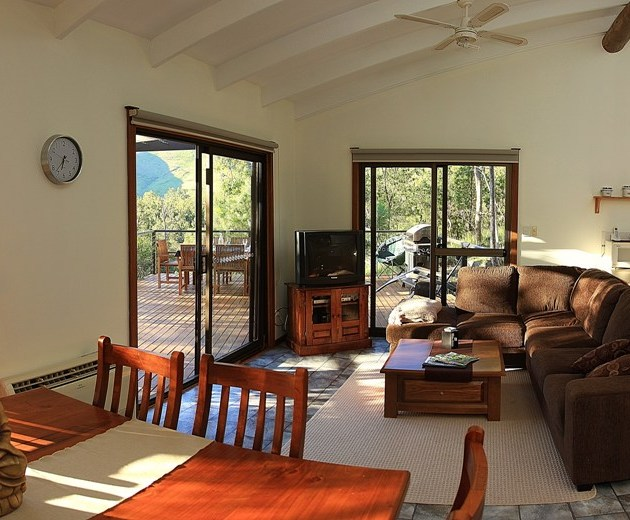 Riverview Cottage holiday accommodation Gloucester Barrington Tops