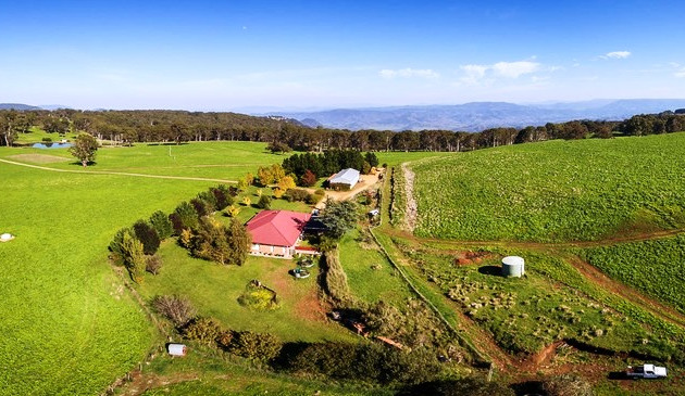 Devils Retreat accommodation self-contained Gloucester Barrington Tops