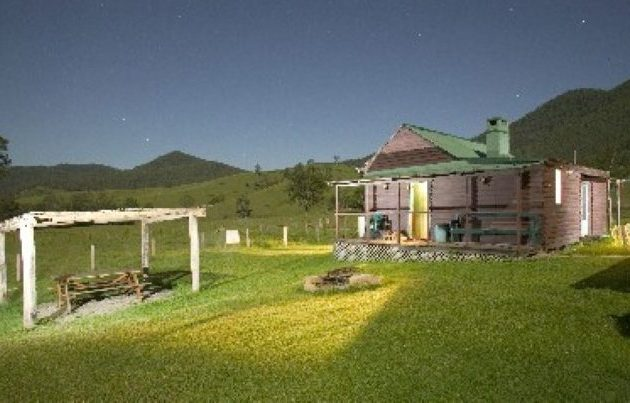 Accommodation self-contained Gloucester Barrington Tops Roseleigh Cottage